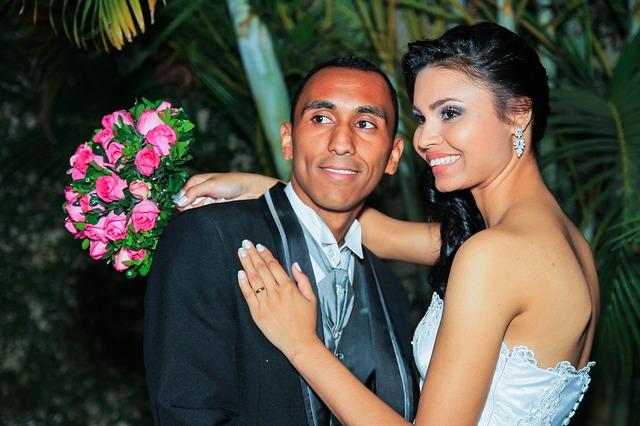 svatba, ženich, nevěsta, svatební květina