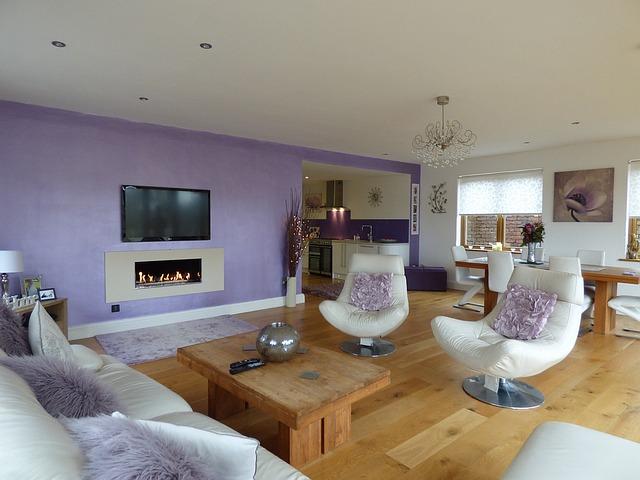 fialový interiér