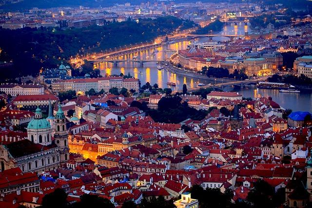 noční Praha – mohou klidně občané města spát